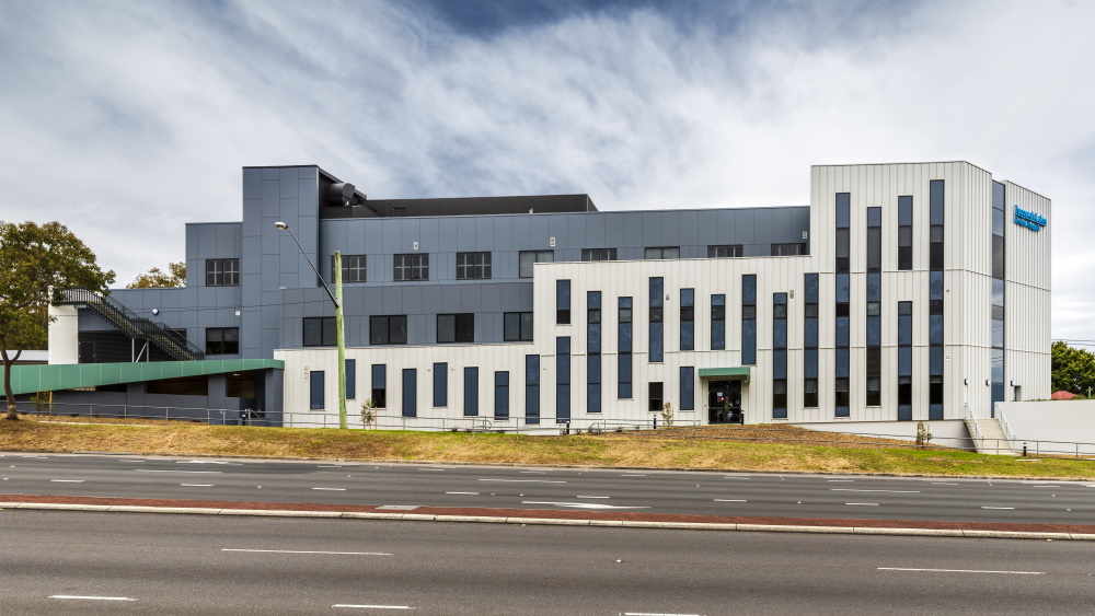 Sydney architecture photographer photographs Interior & exterior architecture photographs of the new Tuggerah Lakes Private Hospital for Red Eye Construction Company